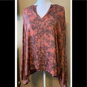 House of Harlow x revolve sz L pink floral top